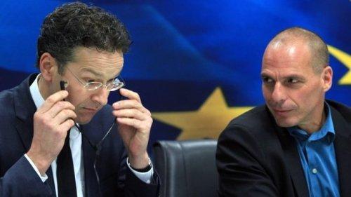 Jeroen Dijsselbloem ve Yanis Varoufakis bir basın toplantısında